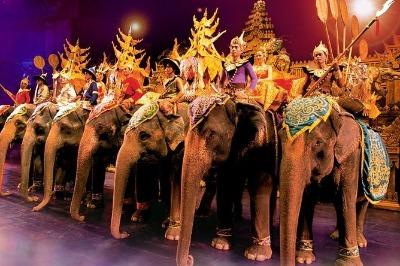 Tours-in-phuket-Fantasea-show