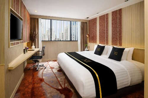 ASQ at Eleven Hotel Bangkok Sukhumvit