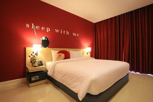 ALQ-at-Sleep-with-me-design-hotel-phuket
