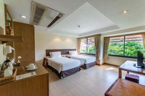 ALSQ Package at Hotel Tropicana Pattaya
