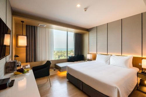 ALQ-Azire-hotel-sriracha-superior-room