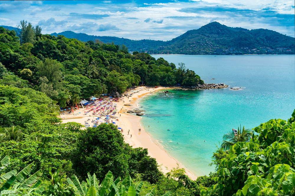 Phuket Reopens to Vaccinated