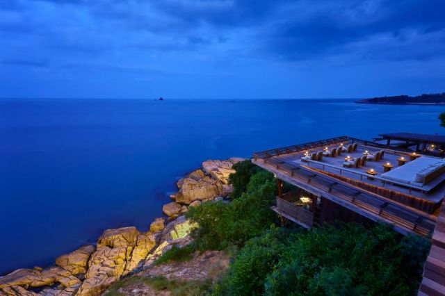 Dining on the Rocks Koh Samui